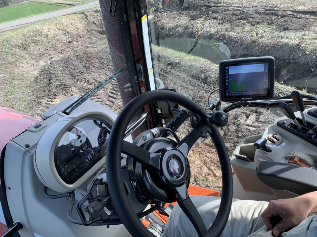 トラクター GPS